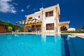 Villa Denise - Lapta, North Cyprus