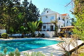 Villa Lisa - Bellapais, North Cyprus