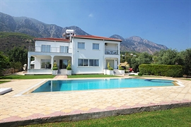 Villa Olivia - Lapta, North Cyprus