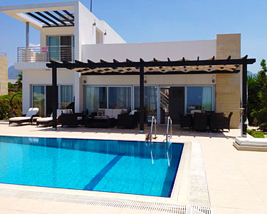 Holiday villa palm tree for rent in esentepe northern for Palm tree villas 1