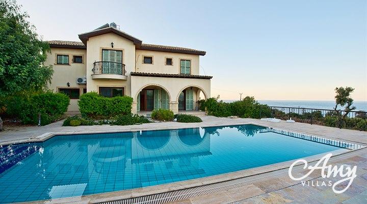 Holiday villa toscana for rent in kayalar northern cyprus for Villas toscana